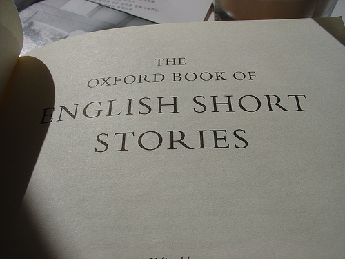 "A photograph of the tile page of the book, ""The Oxford Book of English Short Stories."